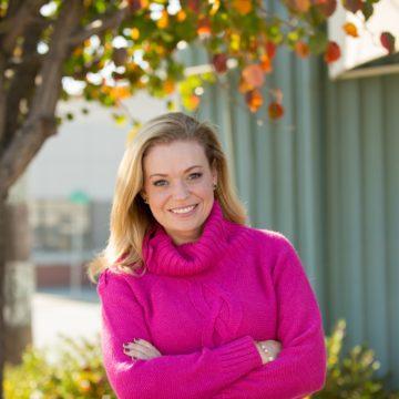 Suzanne McKechnie Klahr